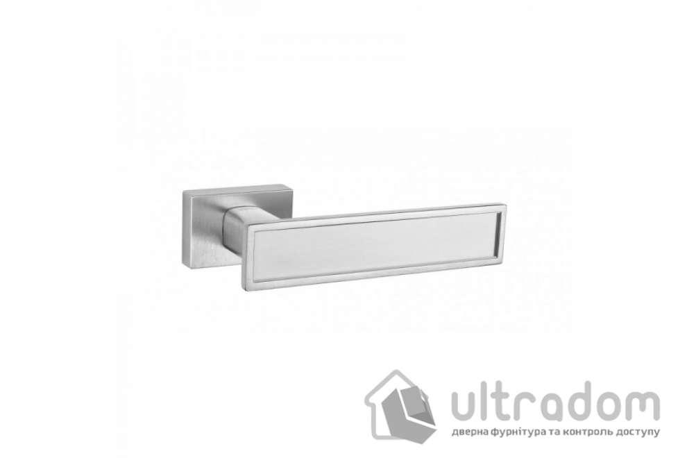 Дверная ручка TUPAI Lina 3 3039 RT